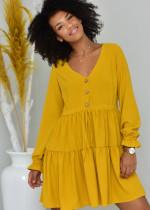 Koszulowe sukienki – jak je nosić?