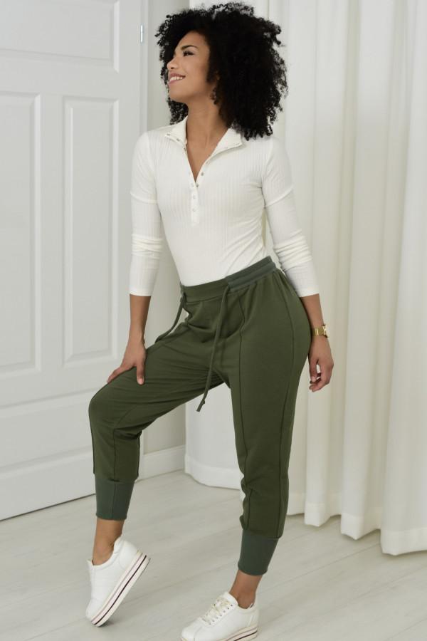 Spodnie dresowe Everly khaki 033